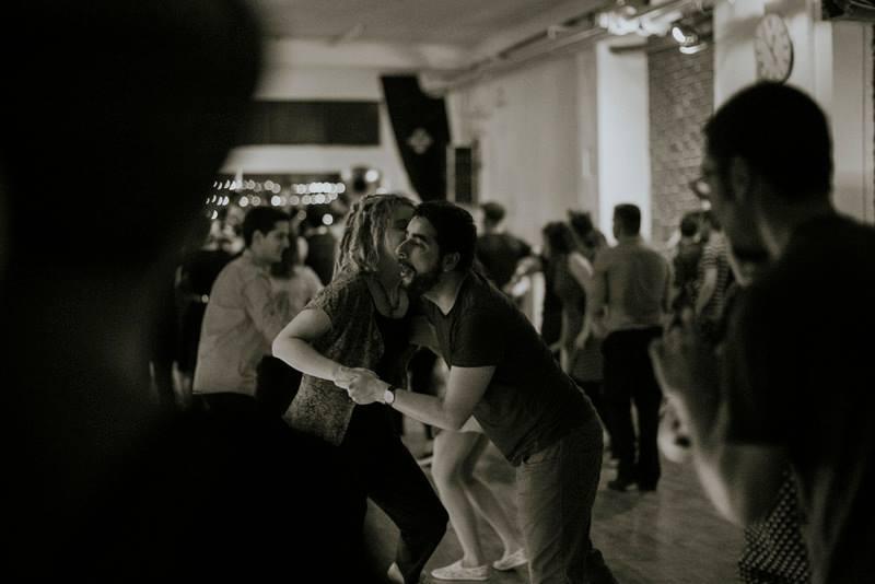 petkov swing plesni ve er amsterdamska swing banda studio dansa. Black Bedroom Furniture Sets. Home Design Ideas